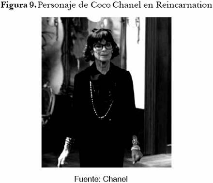 0c8c47c8bc95 ... Chanel incluso lleva puesto un conjunto muy parecido al que usaba la  verdadera Gabrielle Chanel